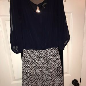 Dark blue and white patterned dress